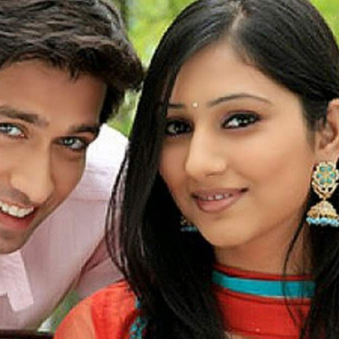 Disha Parmar to reunite with 'Pyaar Ka Dard' co-star Nakuul Mehta in 'Bade Achhe Lagte Hain 2': Report