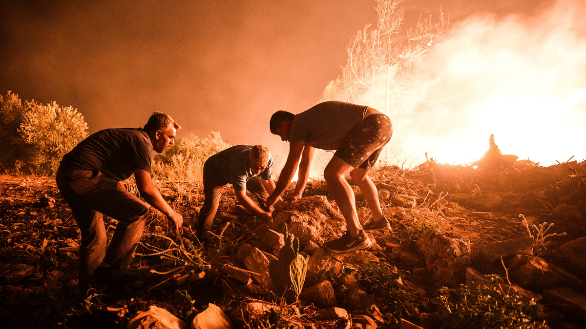 Citizens send 'global call to #helpturkey' on social media as more than 100 wildfires rage on