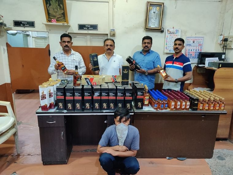 Mira Bhayander: Excise wing seizes  liquor made in Daman, 1 held