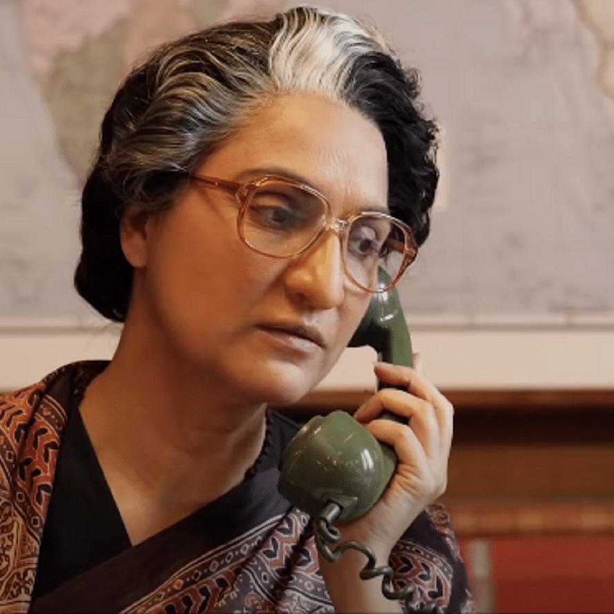 Watch: Akshay Kumar shares glimpse of Lara Dutta's epic transformation into former PM Indira Gandhi for 'Bell Bottom'