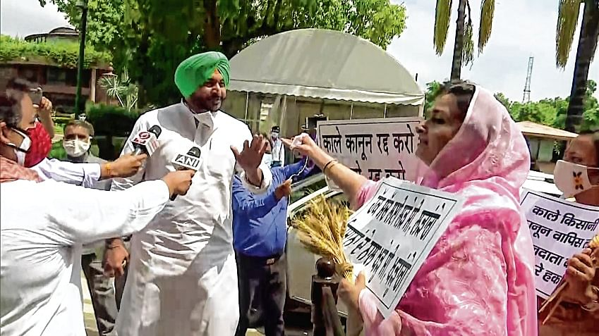 AGRI TO 'AGGRO'? Agitating ryots mull political party to fight Assembly poll