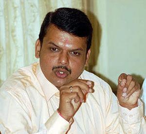 R R Patil's demise irreparable loss to Maha: Fadnavis
