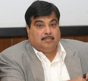 Rs 1 lakh cr funds for road sector in a year : Gadkari