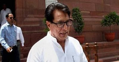 RLD activists protest Ajit Singh's eviction, demand memorial