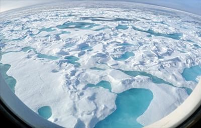 Scientists predict ice-free Arctic by 2058
