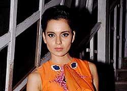 Kangna Ranaut tries to direct Vishal Bhardwaj on 'Rangoon' sets