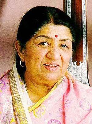 Lata Mangeshkar wishes Khayyam on birthday