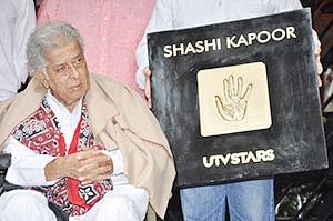Shashi Kapoor hospitalised