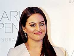 Sonakshi Sinha to play Karachi-based journo in 'Noor'