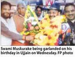Swami Muskurake's b'day celebrated