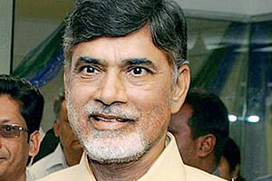 Naidu lauds Mittal's efforts in restoring telecom services