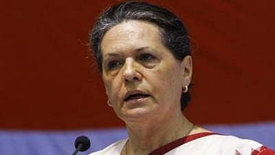 MP: Sonia Gandhi asks state in-charge Deepak Babaria to submit report over state crisis