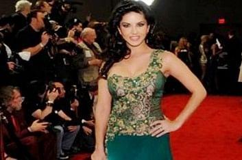 Happy to make a mark in Bollywood: Sunny Leone