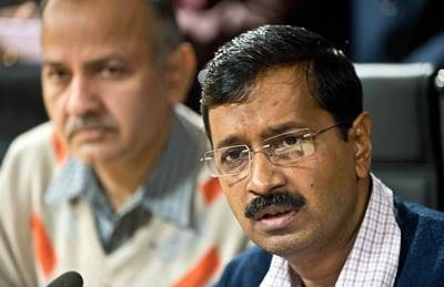 CAG raps Kejriwal for spending Rs 1,000 cr in 30 days
