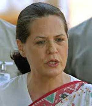 Will take up Rae Bareli's water, power woes with UP CM: Sonia