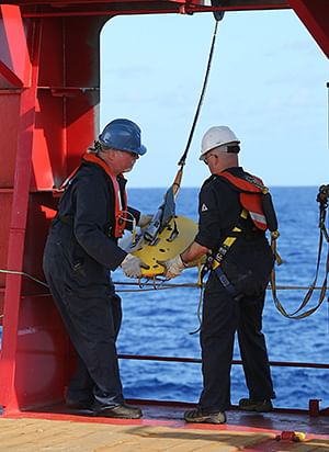 Australia commits up to 84 million USD to MH370 search