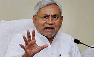 Nitish isolates Sharad, puts proxy CM in place