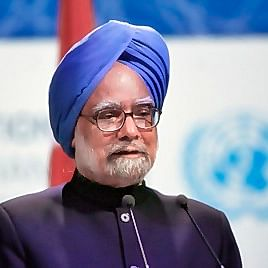 Sushma Swaraj was an exceptionally talented minister: Manmohan Singh