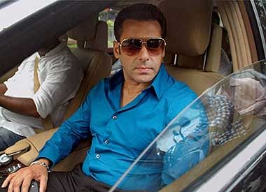 Salman Khan in Mumbai sessions court for 2002 hit-and-run case