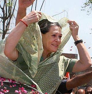 Sonia Gandhi to visit Rae Bareli today