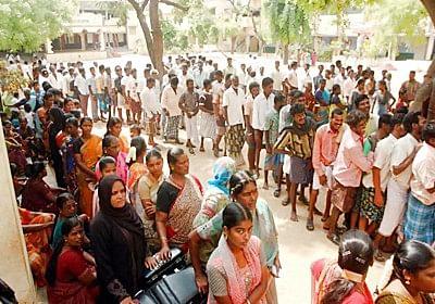 Long queues as Bengal votes