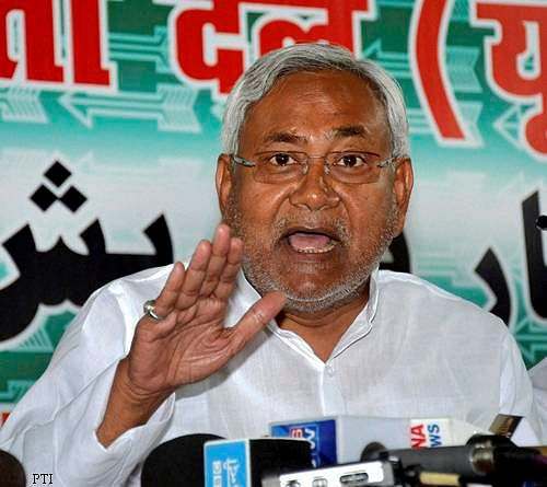 Nitish Kumar refuses to withdraw resignation
