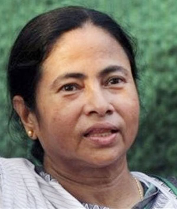 Mamata to select Durga Puja special saree designs