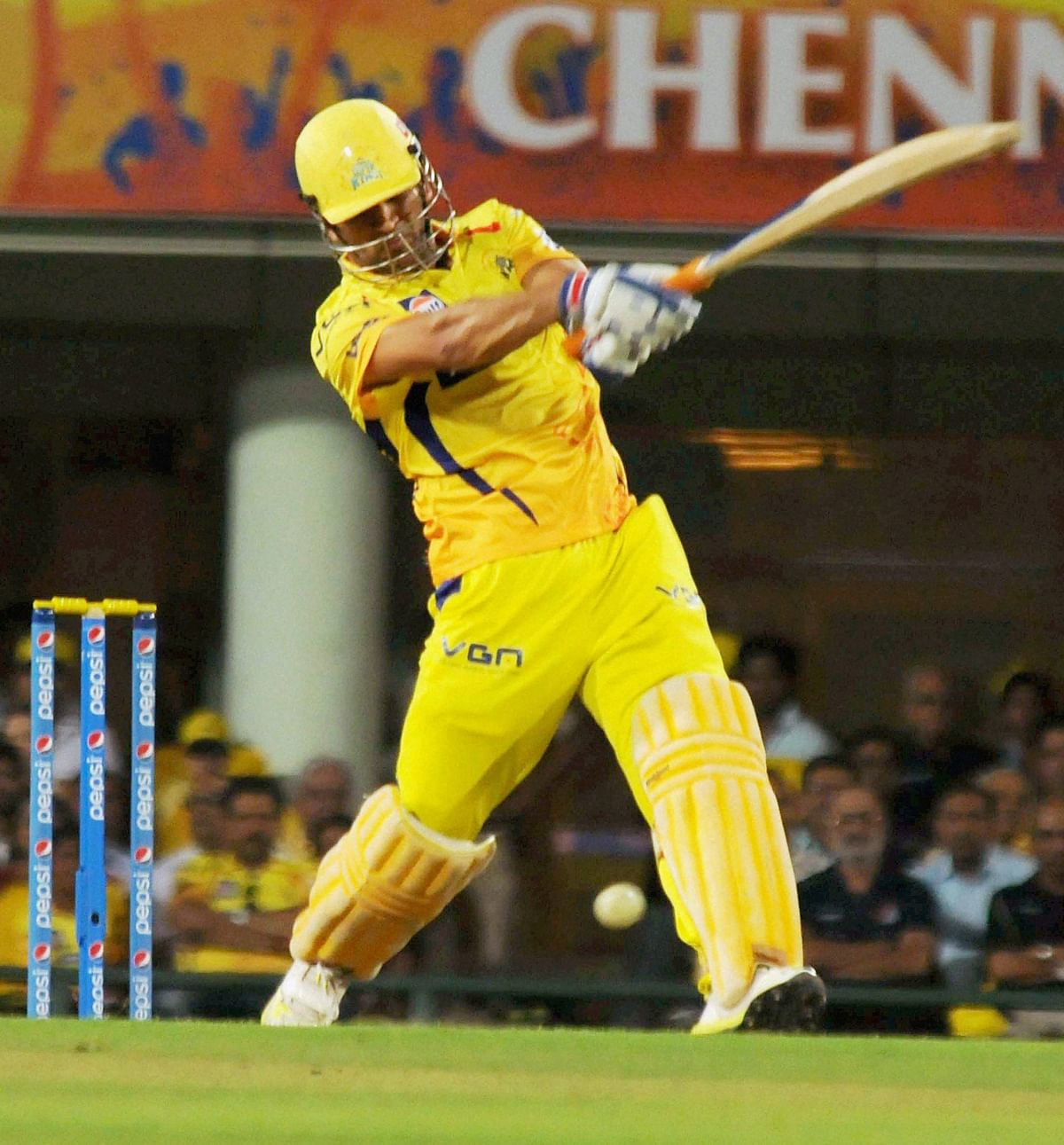 Super Kings lord  over the Royals