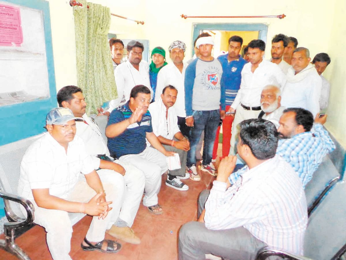 Farmers, traders up in arms against Krishi mandi secy