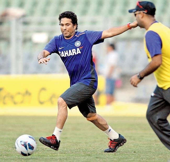 ISL: Sachin names his  club 'Kerala Blasters'