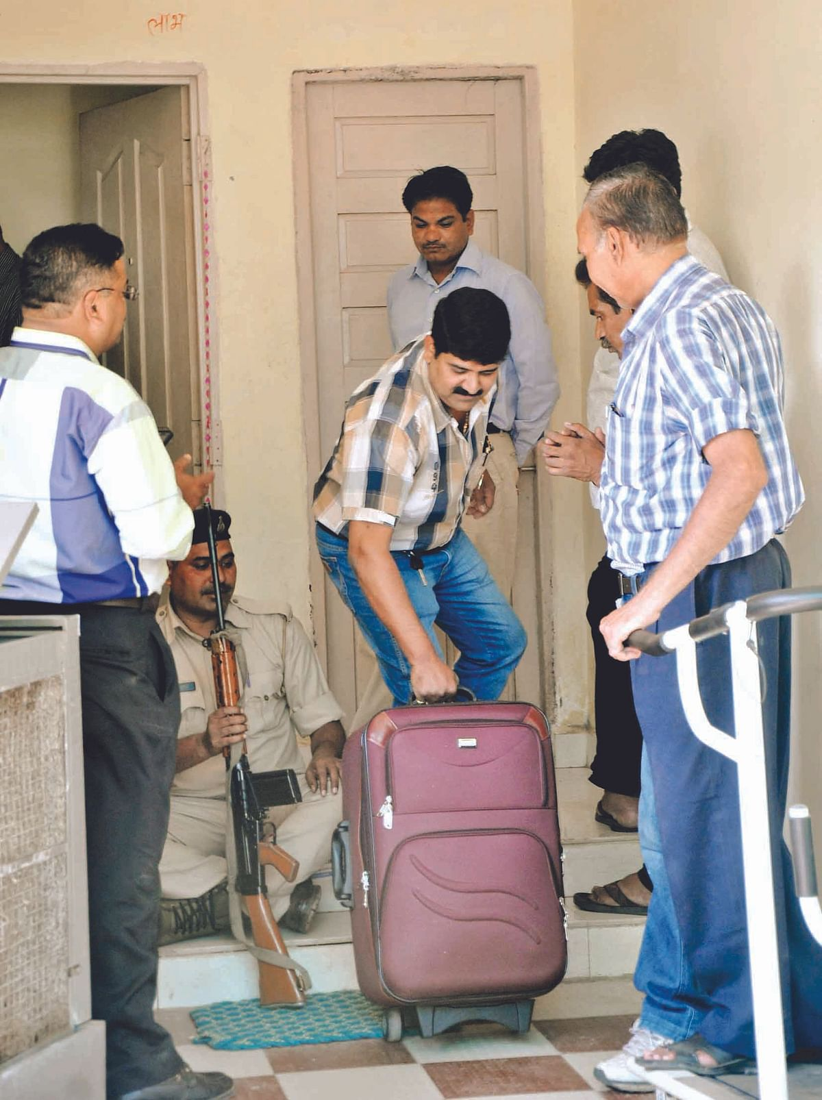 Gupta too got complaints against Jain
