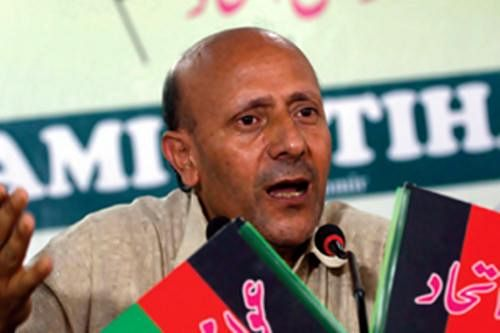 Article 370: AIP's Rashid calls for spl House session