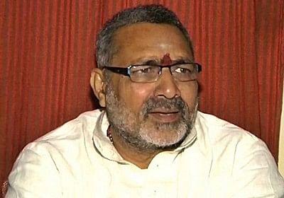 Giriraj Singh comments: Sonia Gandhi ignores, Bihar court asks for FIR