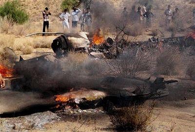 Pilot killed in IAF fighter plane crash in Kashmir