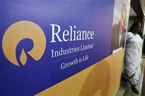 CCI dismisses complaints against RIL, Reliance Gas Infra