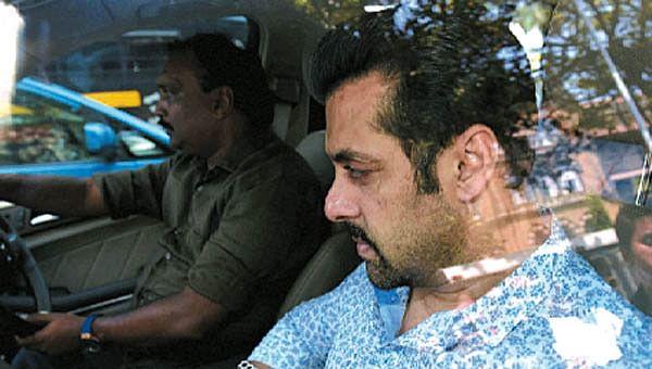 Witnesses rock cosy citadel of Salman