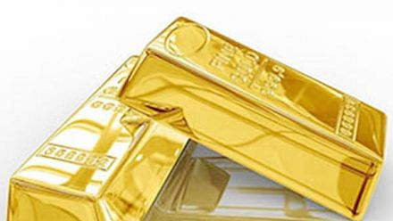 Gold prices fall by Rs 300; silver tumbles Rs 1,400