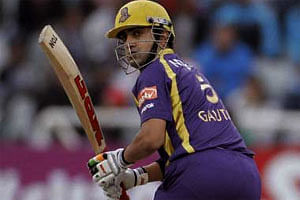 KKR bat first against Delhi at Eden