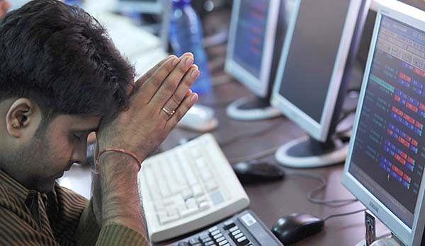 Sensex closes flat; capital goods down