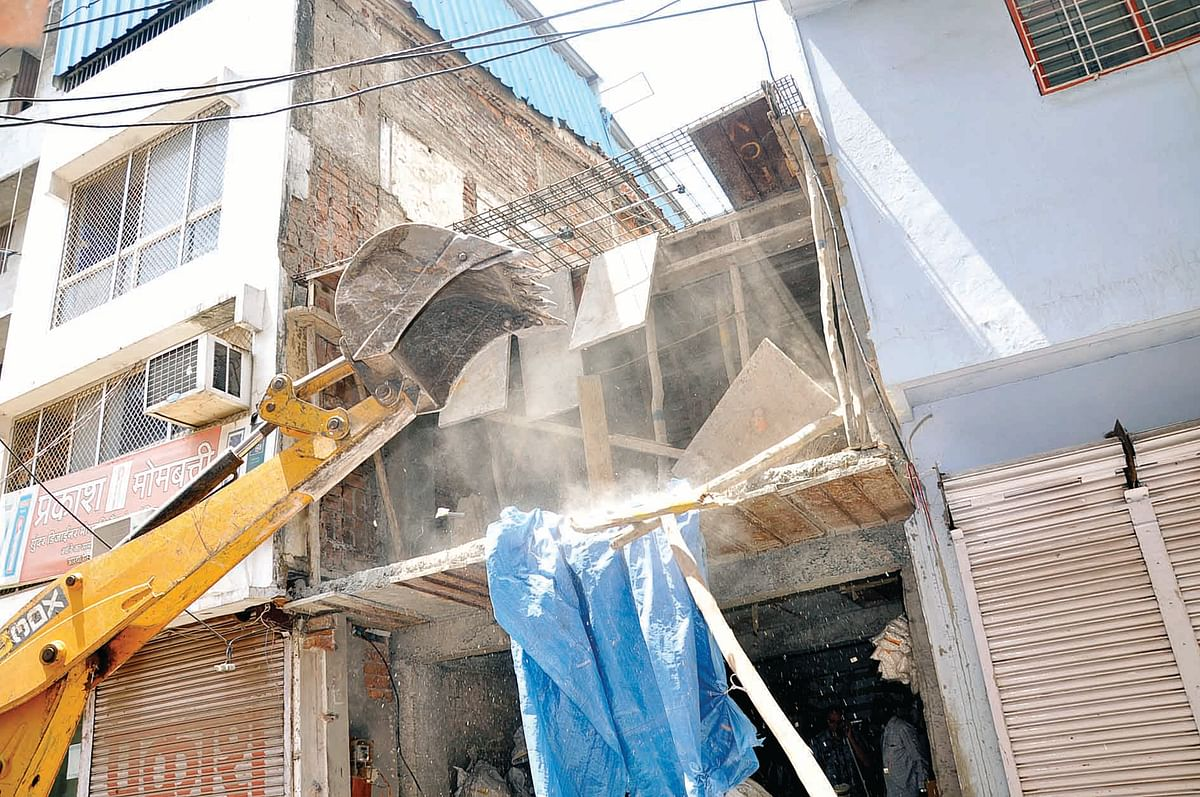 IMC carries out drive against encroachment