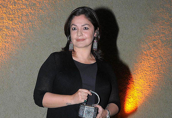 Pooja Bhatt to launch brother Rahul