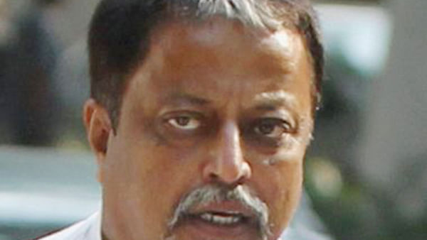 CBI takes arrested IPS officer to Mukul Roy's flat