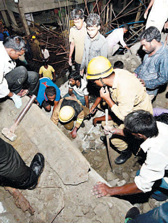 Over 50 people trapped in Chennai bldg collapse