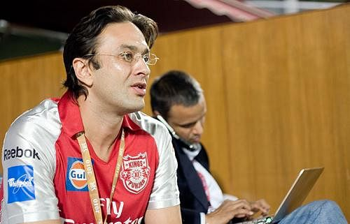 Wadias complain of threats from gangster over Zinta