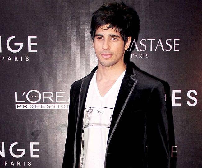 Karan is not pushing my career: Sidharth