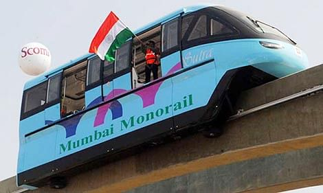 Monorail fails to inform users about 10-hour breakdown