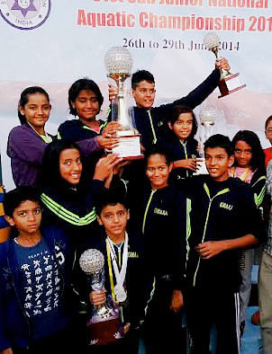 Medal haul for Maha swimmers