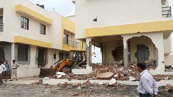 Bhiwandi tribals up in arms against demolition drive