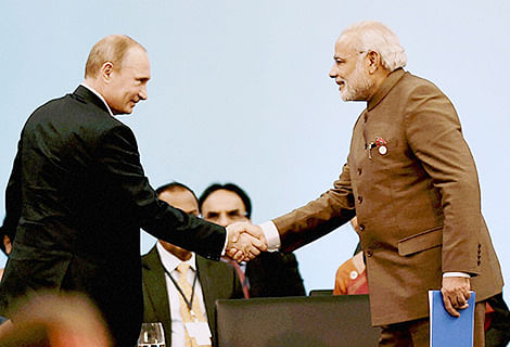 PM seeks stronger  ties with Russia