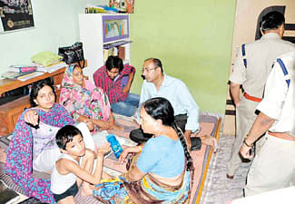 Dacoity at Dy Collector's residence rocks city